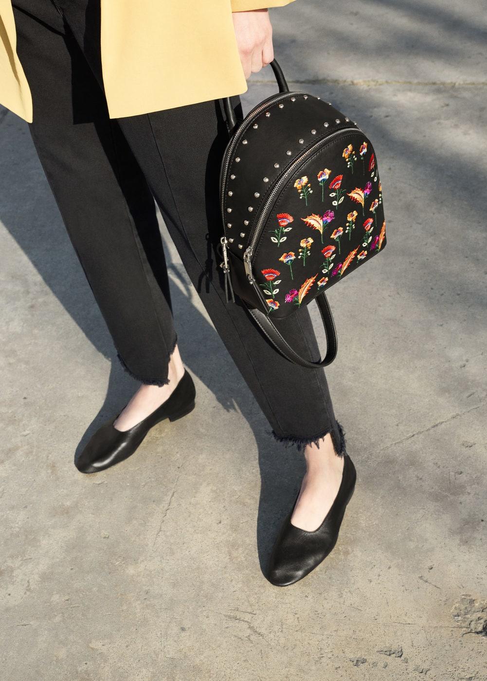 sac à dos noir fleurs