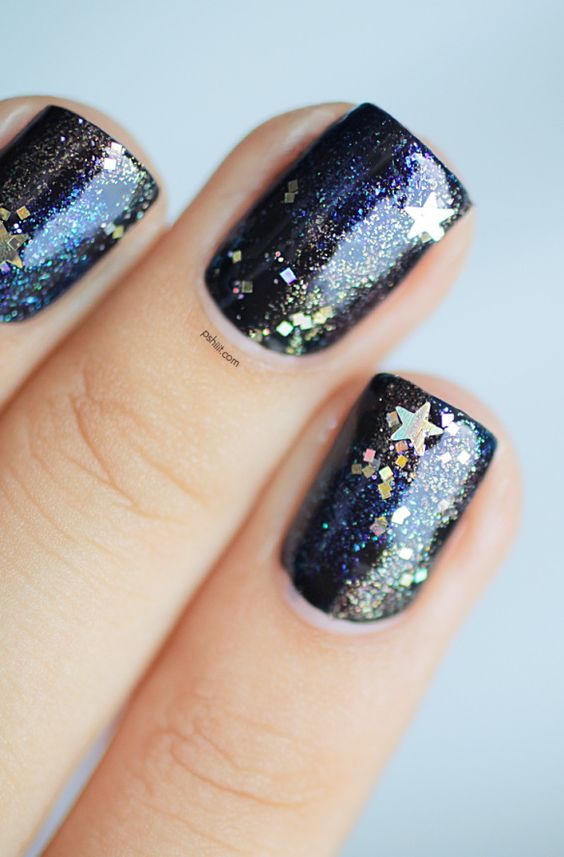 idée nail art paillettes