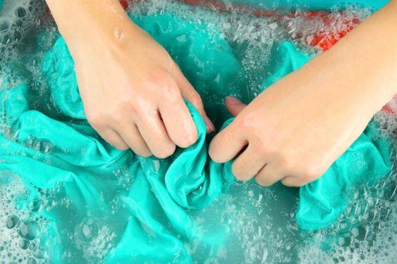 Astuces quelles sont les retouches possibles sur vos v tements - Comment enlever du sang sur un vetement ...