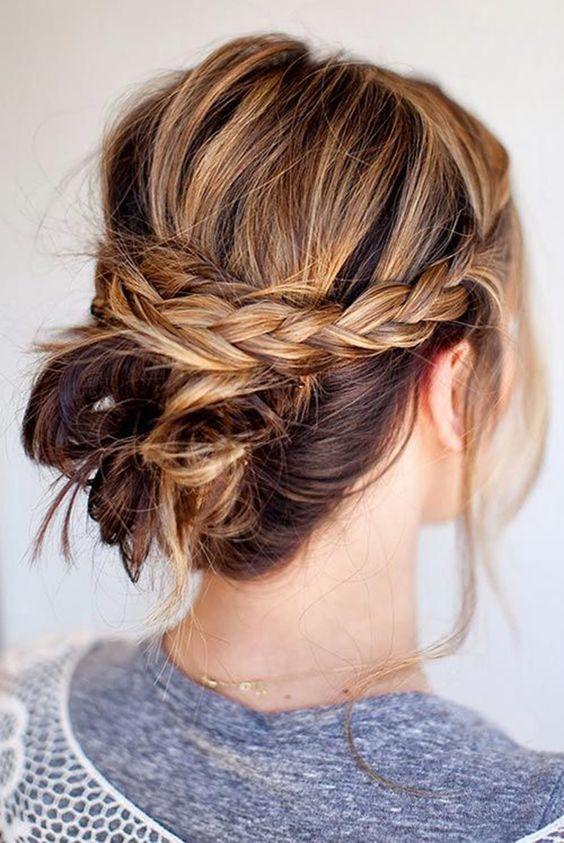10 Idées De Coiffures Pour Cheveux Courts Et Mi Longs